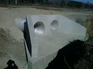 Drainage headwall